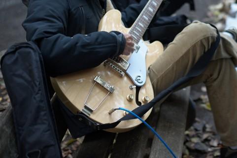 エレキギターのピックアップ調整
